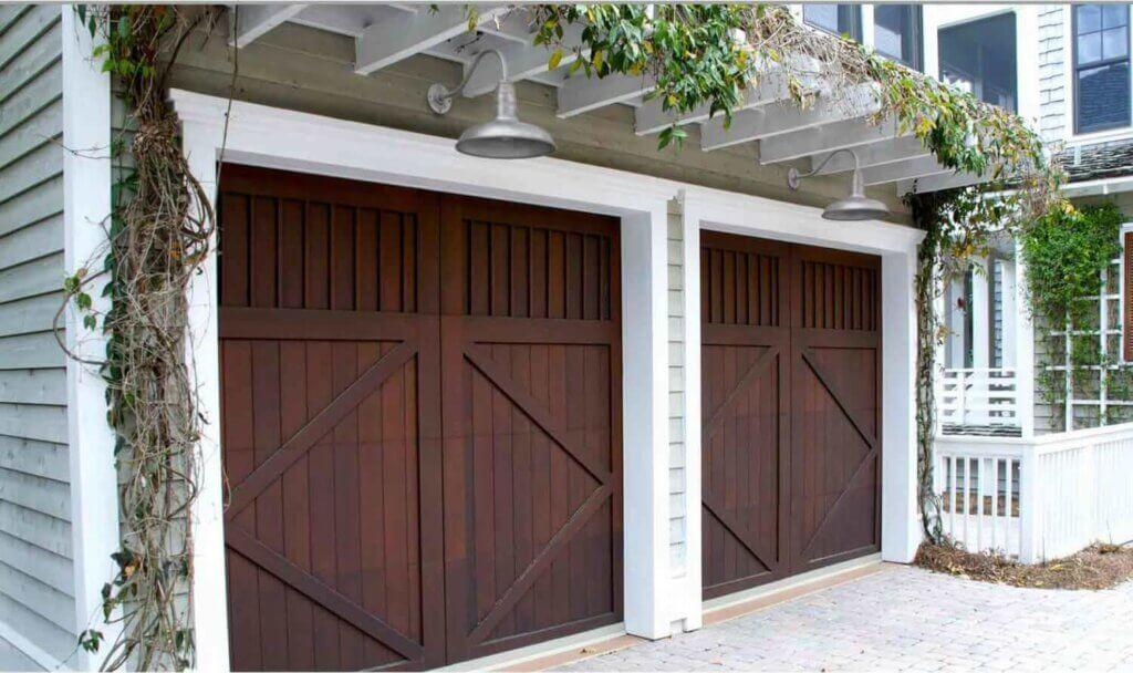 Garage Light Fixtures above the garage doors