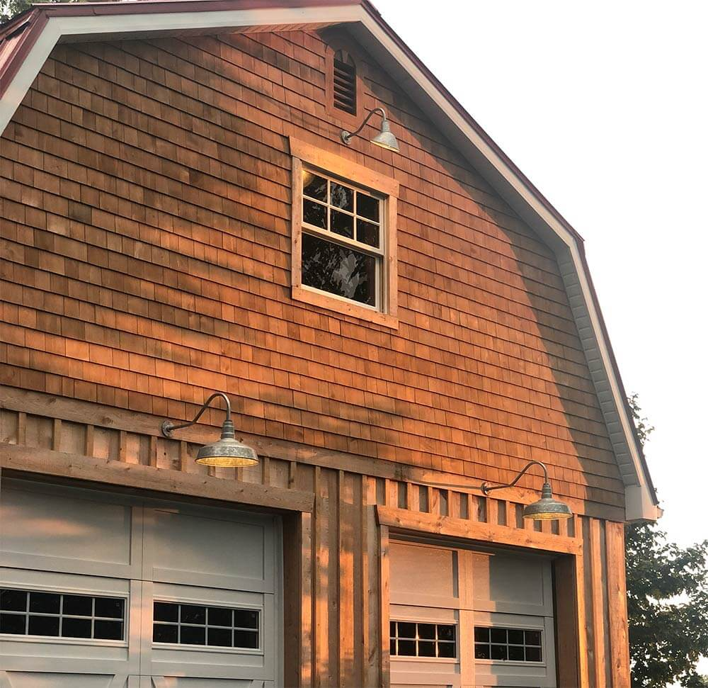 picture showing light and how it would shine on a barn