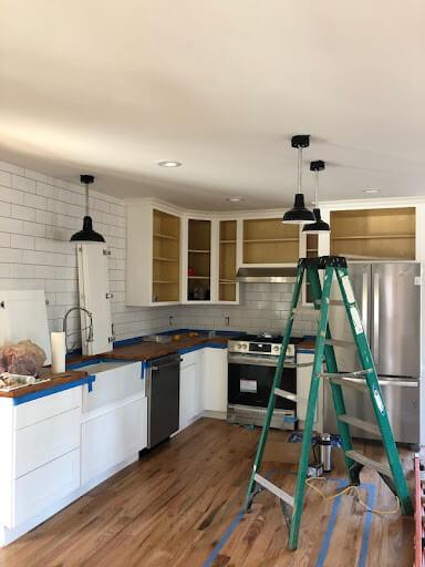 El Segundo - Farmhouse Kitchen Lights Construction